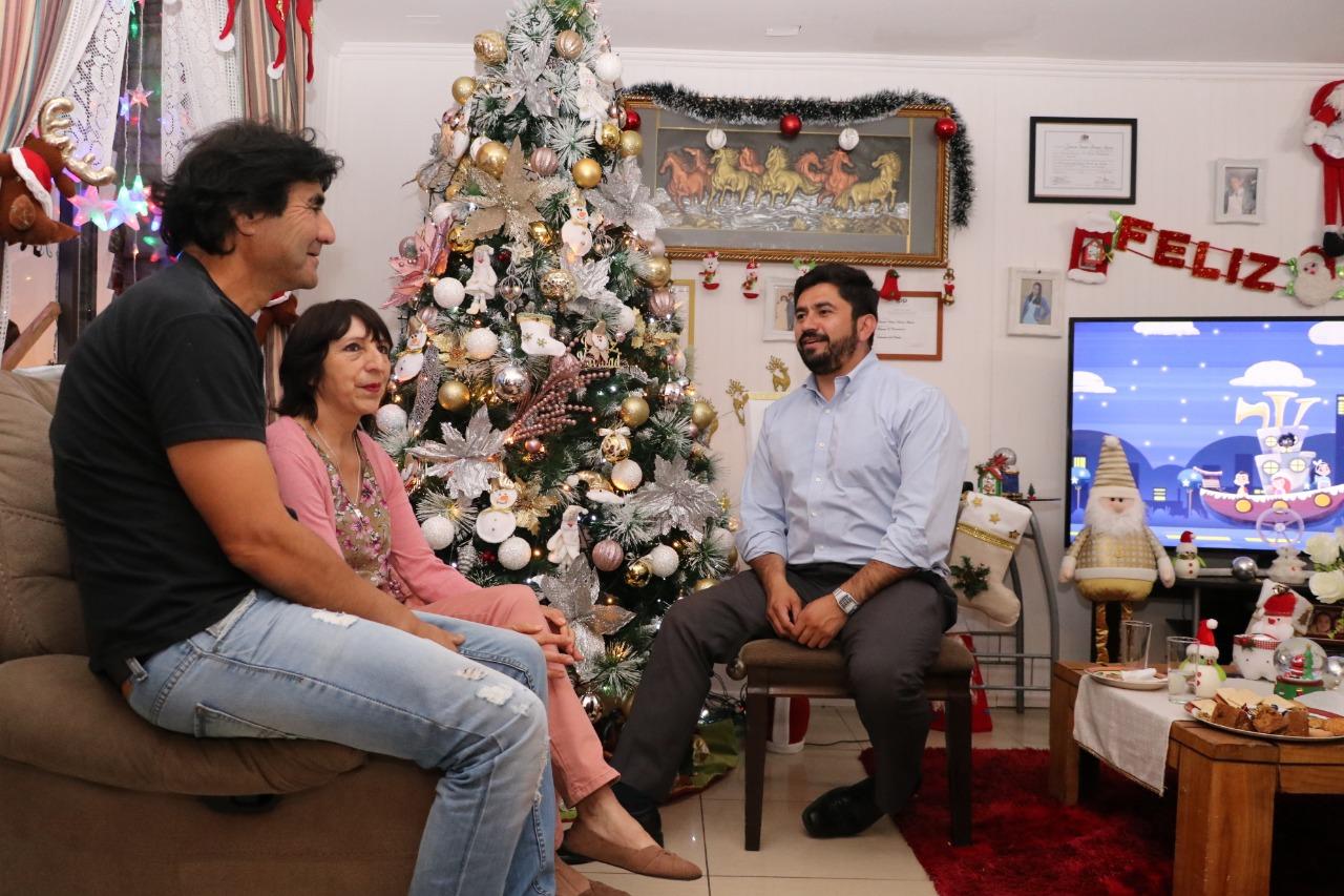 Espectaculares ornamentaciones navideñas deslumbran en Talcahuano