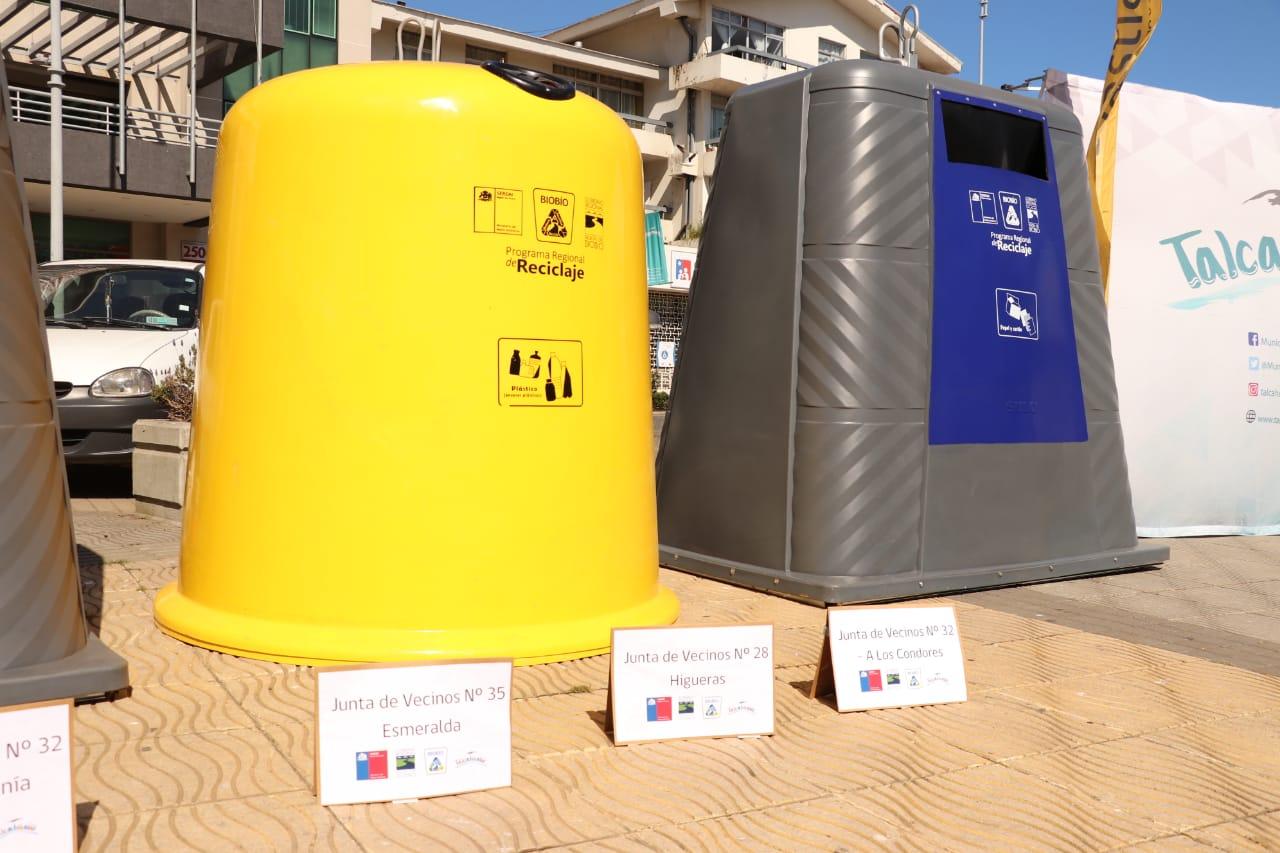 Talcahuano recibe 20 nuevas campanas de reciclaje