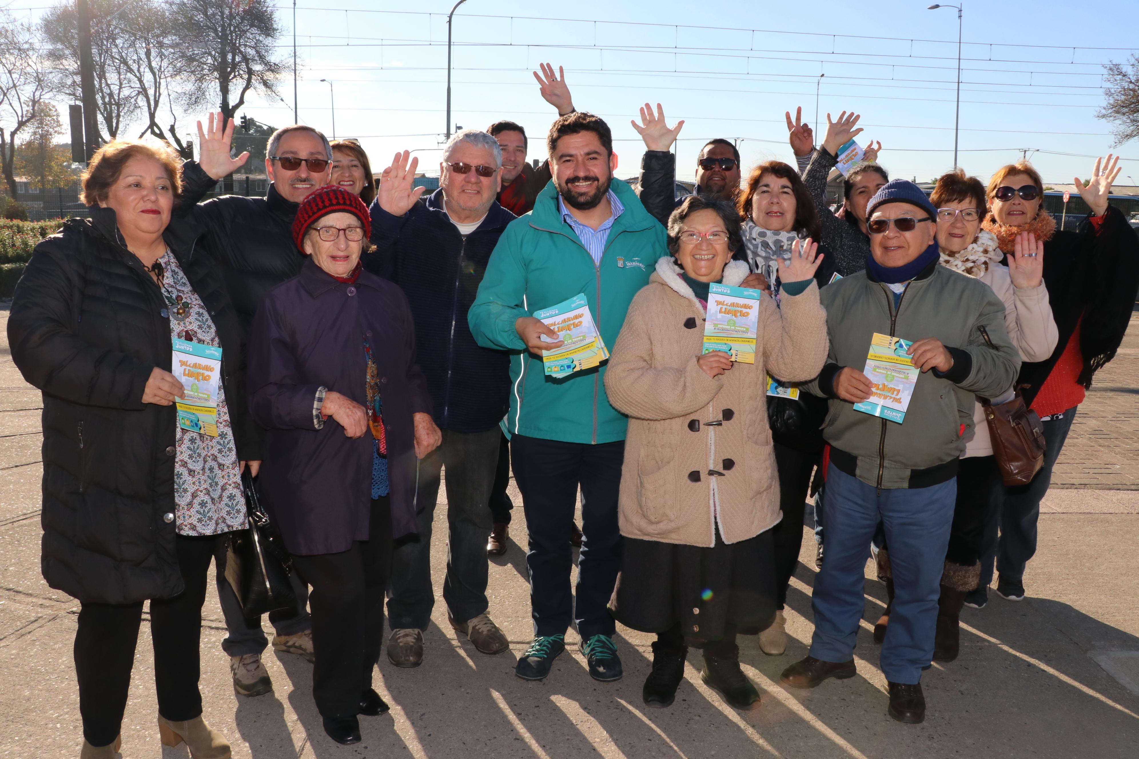 Puerta a puerta: Con el pago del servicio de extracción de residuos, Talcahuano luce más limpio
